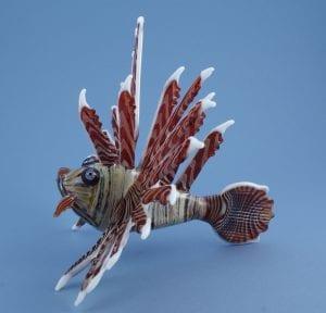 large-lionfish-side